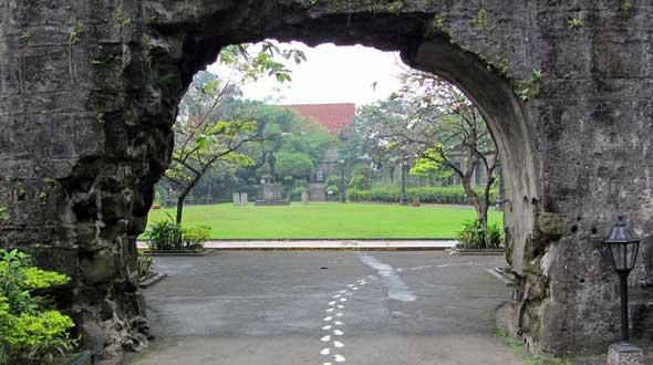 Intramuros Rizal